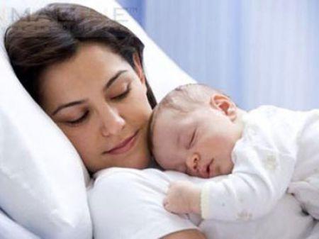 Thời kỳ hậu sản, người phụ nữ thường gặp phải vấn đề về thể chất lẫn tinh thần.