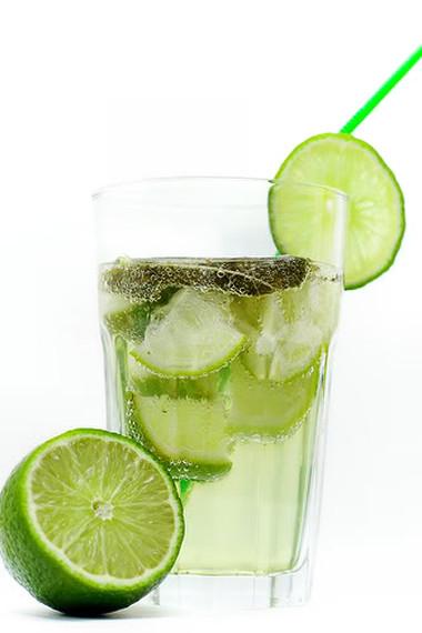 Nước chanh rất tốt cho sức khỏe.