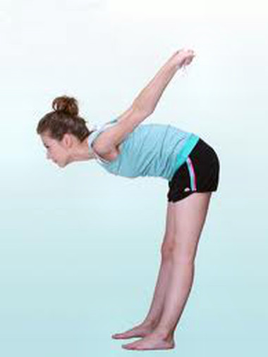 Tập thở đúng cách để vòng eo thon gọn.