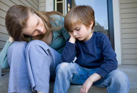 Con trẻ ẩm ương luôn khiến cha mẹ đau đầu.