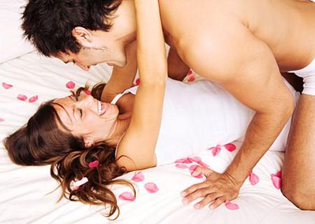 """Tư thế """"quan hệ"""" giúp tăng khả năng thụ thai?"""