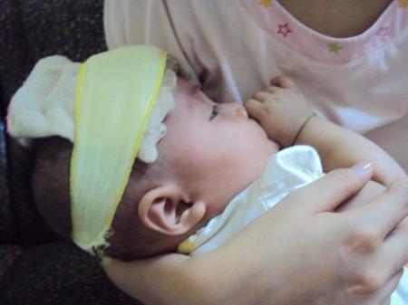 Biểu hiện của trẻ sốt virut chủ yếu là nhiệt độ cơ thể tăng cao trên 38o C, sốt kéo dài...