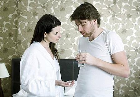 """Cả tháng sau chị vẫn còn phải làm """"tường trình"""" với chồng chuyện muốn """"sáng tạo"""" trong quan hệ vợ chồng."""