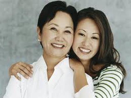 Nhờ có sự chỉ bảo của mẹ mà giờ đây đời sống vợ chồng của chị thật hạnh phúc.