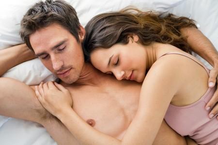 Không mặc nội y trong khi ngủ cũng có nhiều lợi ích với sức khỏe