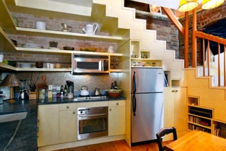 6. Biến gầm cầu thang thành bếp ăn 1