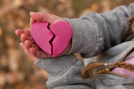 Chấp nhận việc chia tay như là điều vốn dĩ của cuộc sống.