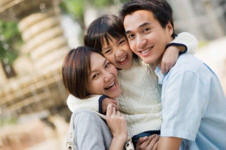 Anh về, gia đình chị lại ấm áp tràn đầy tiếng cười.