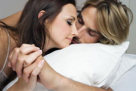 Chị muốn làm mới chuyện yêu cùng chồng mà sao khó quá.