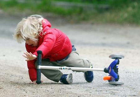 Viện Nhi Trung ương đến hè là các tai nạn liên quan đến ngã ở trẻ em lại tăng cao.