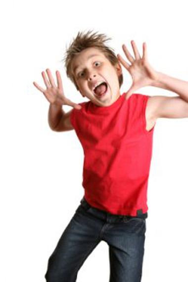 Trẻ quá hiếu động và bốc đồng có phải là dấu hiệu tâm thần?
