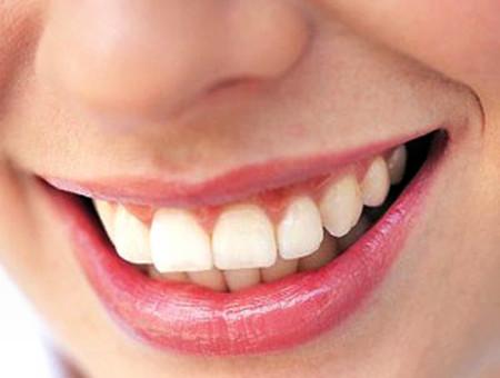 Bảo vệ sức khỏe răng miệng.