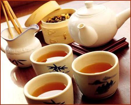 Sau khi uống rượu không nên uống trà.