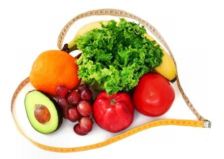 Chế độ ăn nhiều rau quả tươi tốt cho tim mạch.