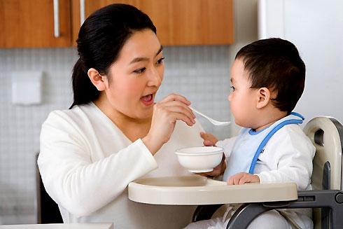 Trẻ bị tiêu chảy nên được chăm sóc như thế nào? 1