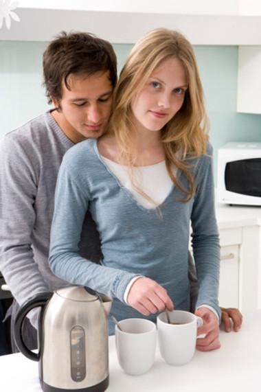 Nhờ đức tính nhân hậu hiền lành của vợ mà giờ đây anh vẫn có một gia đình hạnh phúc.