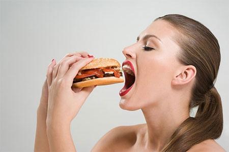 Hãy ăn những thức ăn bạn thường hay sử dụng nhưng cần giảm khối lượng thức ăn.