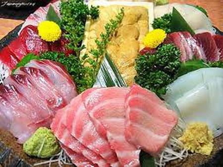 Món ăn sống gây hại cho sức khỏe.