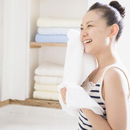 Bạn phải có sự săn sóc đặc biệt cho làn da vào mùa khô.