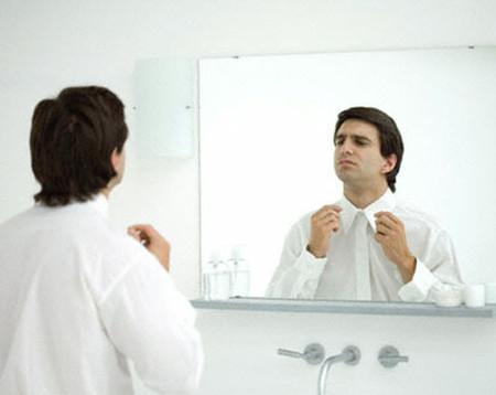 Tự nhiên chàng chú ý đến hình thức bên ngoài của mình thì bạn cần phải chú ý.