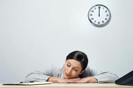 Một giấc ngủ trưa không làm bạn già đi, trái lại còn giúp bạn thông minh hơn.