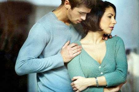 Chị nói tha thứ cho chồng nhưng chị vẫn bị ám ảnh với những hình ảnh của chồng với cô bồ.