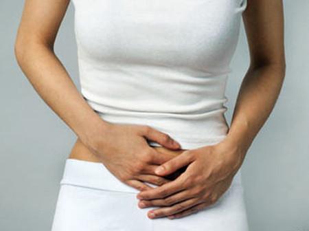 Nhiều phụ nữ khi bị nhiễm khuẩn đường tiết niệu cảm thấy rất khó chịu và đau.