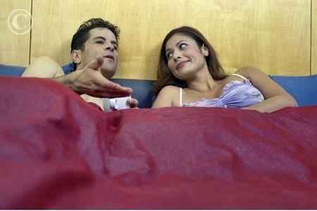 Hãy khôn khéo thuyết phục chồng chị nhận thức ra sai lầm của mình