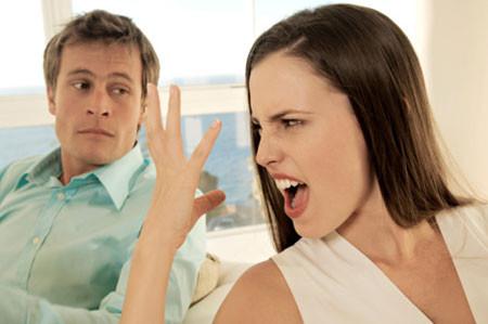 Anh có cảm giác mình đã lấy nhầm vợ chứ không phải cô người yêu nhu mỳ mà anh đã yêu.