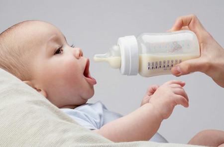 Pha sữa sai cách, bé sẽ không hấp thu được hết các dưỡng chất có trong sữa