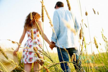 Tình yêu chỉ có một chứ không thể chung với ai được.