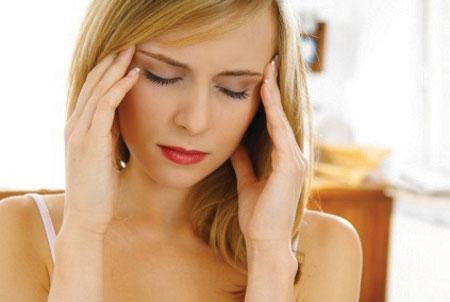 Hạ canxi cũng đồng thời làm co thắt các cơ vùng mặt và các cơ toàn thân gây đau đớn.