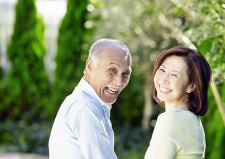 Giúp người cao tuổi sống khỏe và có ích hơn.