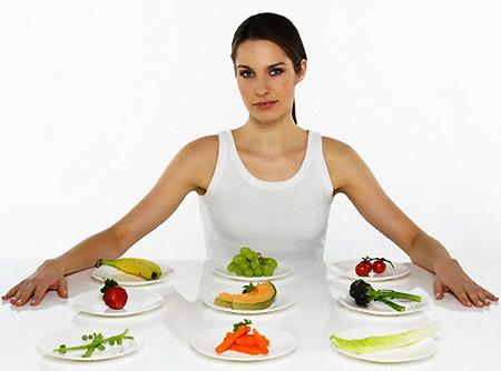 Hãy bổ sung hoa quả và rau xanh vào thực đơn của mình mỗi ngày.