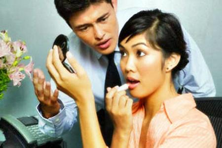Chán nản với sự tân trang, đổi mới của vợ 1