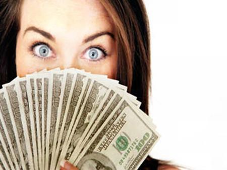 Trang cho rằng điều gì sinh ra tiền nhiều điều đó mới quan trọng.