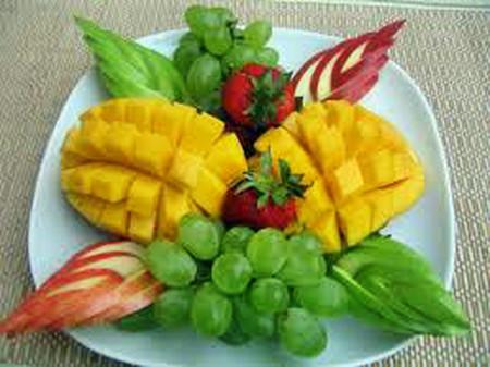Ăn trái cây lúc đói có lợi cho sức khỏe.