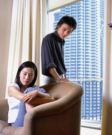 Nhiều khi những ngôn ngữ tùy tiện làm rạn vỡ tình cảm vợ chồng.