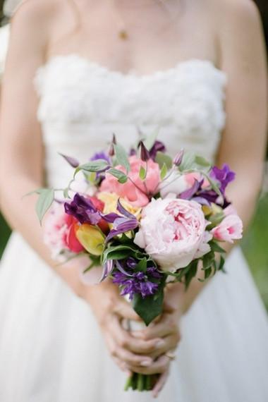 Một số mẫu hoa cưới từ hoa mẫu đơn 10