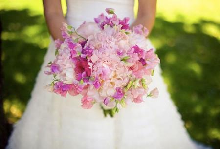 Một số mẫu hoa cưới từ hoa mẫu đơn 13