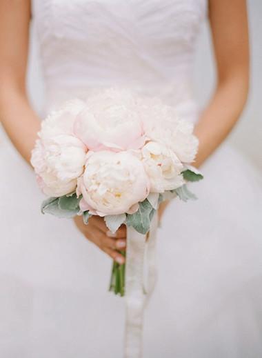 Một số mẫu hoa cưới từ hoa mẫu đơn 16
