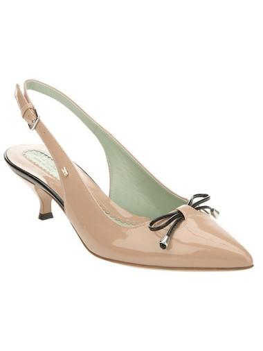 Giày kitten heel màu nude 1