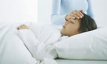 Sốt xuất huyết có nhiều triệu chứng để nhận bệnh.