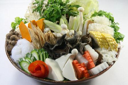 Ăn chay đúng cách để bảo vệ sức khỏe.