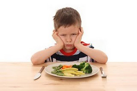 Các loại củ, quả chắc chắn không thể thay thế được rau xanh trong bữa ăn của gia đình và bé.