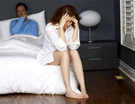 Tôi cảm thấy mệt mỏi bởi những lời lẽ của chồng mình.