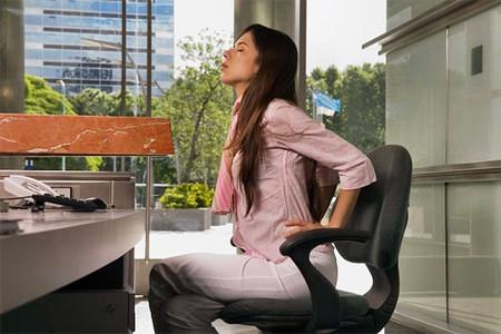 Ngồi nhiều làm tăng nguy cơ mắc bệnh thận.