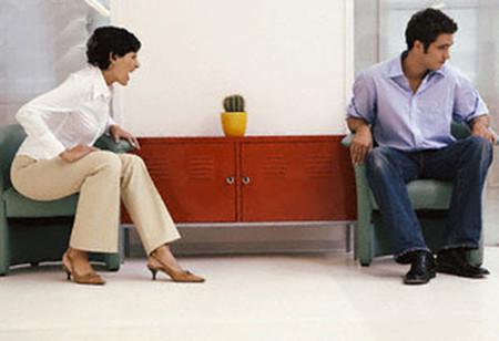 Vì tiết kiệm mà nhiều vợ chồng nảy sinh mâu thuẫn.