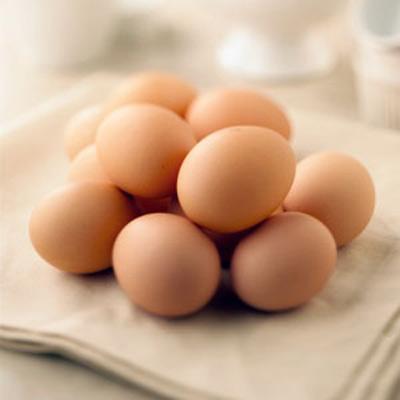 Trứng gà không tốt cho người bị tim mạch.