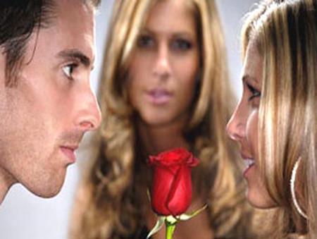 Trước mối quan chưa dứt khoát của anh và vợ cũ, liệu tôi có phải là người thứ 3?